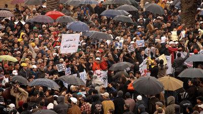 Demonstration von Regierungsgegnern in Rabat; Foto: DW