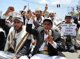 Demonstration gegen Präsident Saleh in Sanaa im April 2011; Foto: dpa