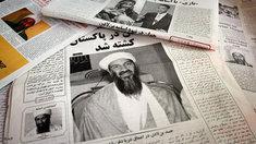 Afghanische Zeitungen berichten über Bin Laden; Foto: AP