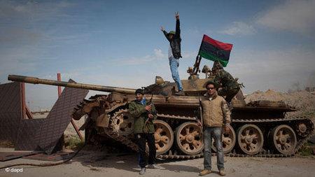 Offensive der Rebellen in Bengasi; Foto: dapd
