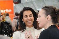 Badreya El-Beshr und Claudia Kramatschek auf der Leipziger Buchmesse; Foto: litprom