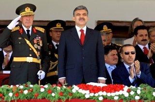 Staatspräsident Gül und Ministerpräsident Erdogan während einer Militärparade in
