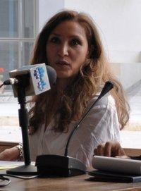 هيلا عمّار عضو في لجنة لكشف الجرائم التي وقعت في تونس منذ يوم السابع عشر من ديسمبر / كانون الأول، الصورة سارة ميريش