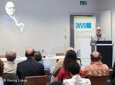 Mohammed Mojtahed Shabestari bei seiner Rede auf dem Gipfeltreffen muslimischer Reformtheologen