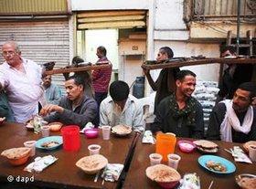 Ramadan in Kairo; Foto: dapd
