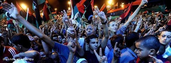 Jubeltaumel in Bengazi; Foto: dpa