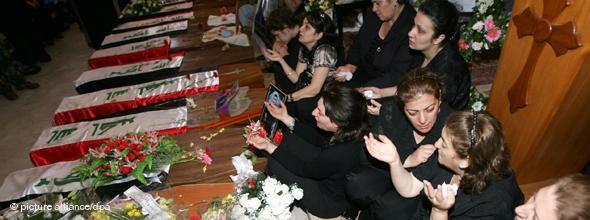 Beerdigung von Opfern eines Terroranschlags auf eine Kirche, Bagdad; Foto: AP