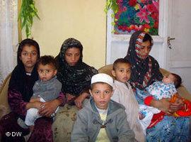 Afghanische Frauen im KUFA-Frauen- und Waisenhaus in Kabul 2010; Foto: DW