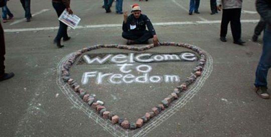 Auf dem Tahrir-Platz nach dem Sturz Mubaraks: Welcome to Freedom