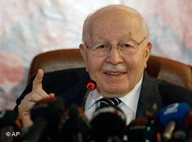 Necmettin Erbakan; Foto: AP