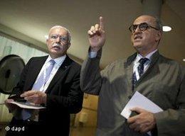 Riad Malki (links) auf dem Weg zur 36. Generalkonferenz der UNESCO; Foto: dapd