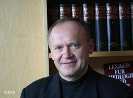 Pater Adam Was; Foto: DW