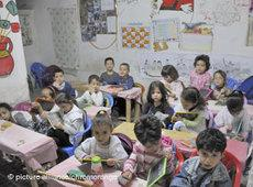 Schulklasse in Fes, Marokko; Foto: dpa