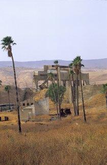 Ruine des Rotenberg-Kraftwerks auf Bakoora; Foto: Claudia Mende