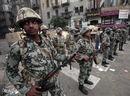 Einheiten der ägyptischen Armee in Kairo; Foto: dapd