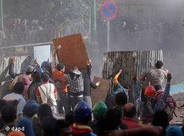 Ausschreitungen am Tahrirplatz in Kairo: Foto: dapd