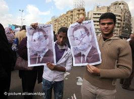 Demonstration gegen Mubarak auf dem Tahrir-Platz in Kairo; Foto: dpa