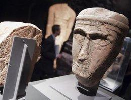 Exponate der Ausstellung Roads of Arabia im Pergamonmuseum; Foto: dpa