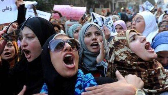 Frauenprotest in Kairo; Foto: dpa