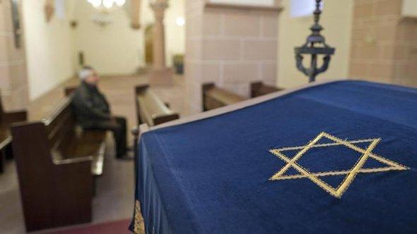 Davidsstern, Synagoge in Worms; Foto: dpa