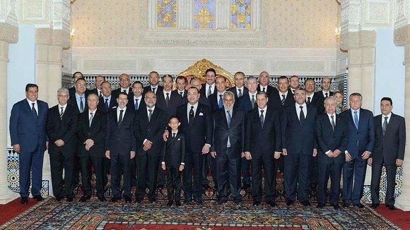 Die neue PJD-domninierte Regierung mit König Mohammed VI.; Foto: Reuters