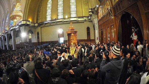 Koptische Christen in Ägypten trauern um den verstorbenen Papst Shenuda III.; Foto: EPA/MOHAMED OMAR