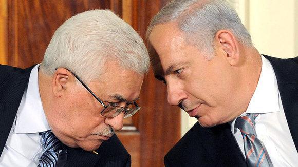 Mahmud Abbas und Benjamin Netanjahu bei Nahost-Friedensgesprächen in Washington 2010; Foto: picture-alliance/dpa