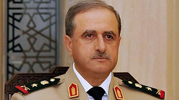 Der syrische Verteidigungsminister Dawud Radschiha; Foto: Reuters