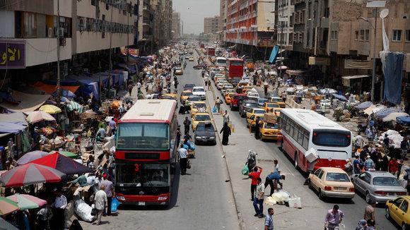 Marktstraße in Bagdad; Foto: dapd