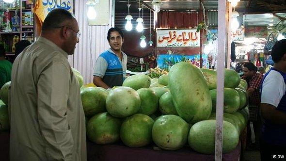 Wassermelonenstand in Bagdad; Foto: DW/Munaf al-Saidy