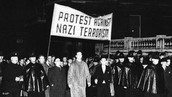 Juden protestieren im Jahre 1938 in London gegen Nazi-Terror, Foto: AP