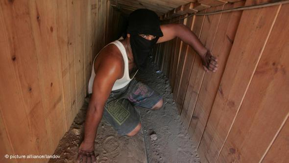 Schmugglertunnel zwischen dem südlichen Abschnitt des Gaza-Streifens und der Sinai-Halbinsel Ägyptens; Foto: picture alliance/landov