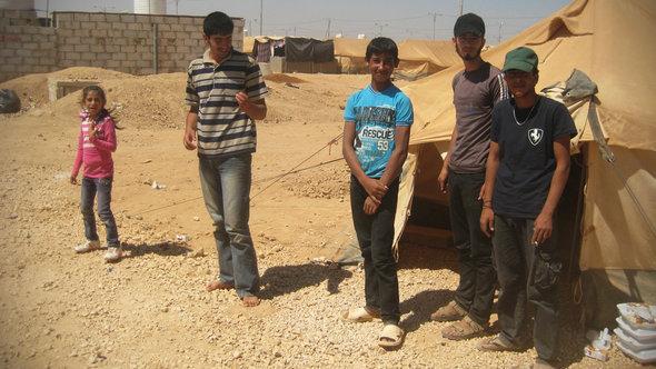 Syrische Flüchtlinge im jordanischen Lager Dneibe Zaatari; Foto: Doris Bulau