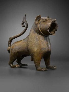 Wasserbehältnis: Bronzener Löwe aus dem spanischen Monzon, 12. bis 13. Jahrhundert; Foto: © Louvre