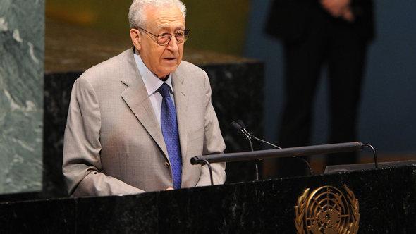 Der Syrien-Sondergesandte Lakhdar Brahimi während einer UN-Vollversammlung; Foto: picture alliance