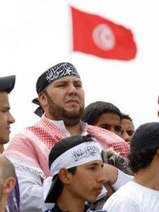 Salafists in Tunis (photo: DW)