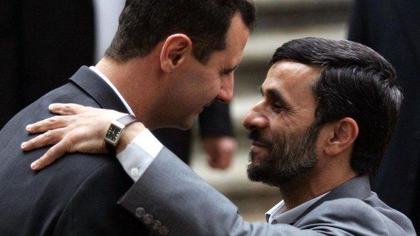 Bashar al-Assad and Mahmoud Ahmadinejad (photo: AP)