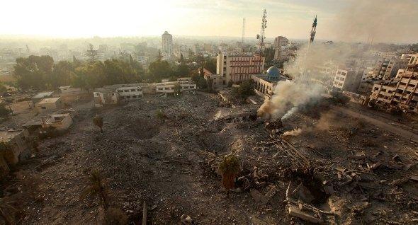 Zerstörte Regierungsgebäude in Gaza-Stadt nach israelischem Angriff, Foto: Reuters