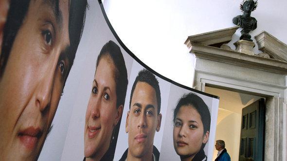 Ausstellung zu Migration in Ausgburg, 2008; Foto: dpa