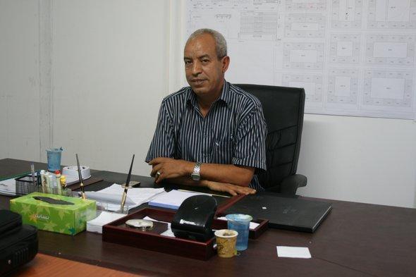 Abdulrahman Schakschak, Leiter eines von der UN-geführten Flüchtlingscamps in Tripolis; Foto: Markus Symank
