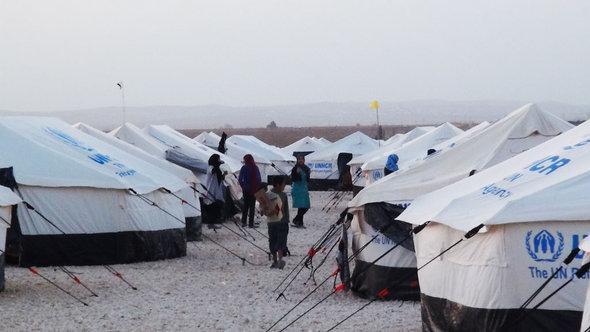 Flüchtlingscamp Zaatari and der Syrisch-Jordanischen Grenze; Foto: Karen Leigh/DW