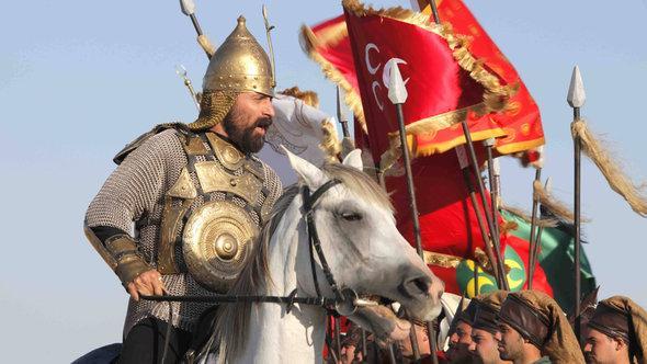 Kampfszene aus der türkischen Fernsehserie Muhtesem Yüzyil; Foto: imago/Seskim Photo