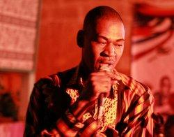 Der malische Sänger Zouzou, Pili Pili Club Bamako; Foto: DW/Tamasin Ford