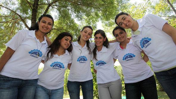 Scholarship project Snowdrops (photo: Turkcell)