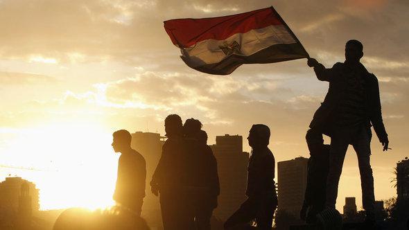 Ägypter protestieren im Februar 2013 gegen Muhammen Mursi; foto: Reuters/Mohamed Abd El Ghany