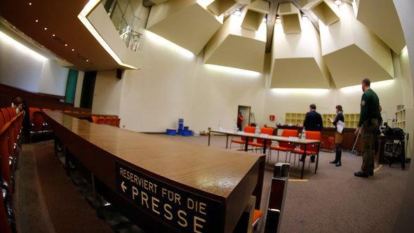 Presseplätze im Gerichtssaal München; Foto: Reuters