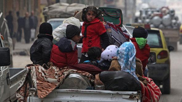 Flüchtlinge aus Aleppo; Foto: Reuters