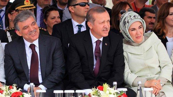 Feier zum Baugebinn der Dritten Brücke in Istanbul mit Gül und Erdogan; Foto: ©MIRA/AFP/Getty Images