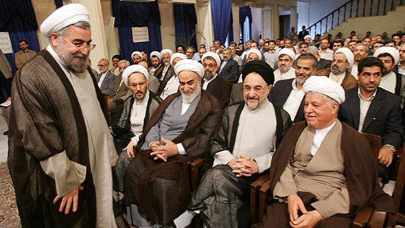 Iranischer Präsident Hassan Rohani mit den beiden früheren Präsidenten Mohammad Khatami und Haschemi Rafsandschani, Foto:©Fararu
