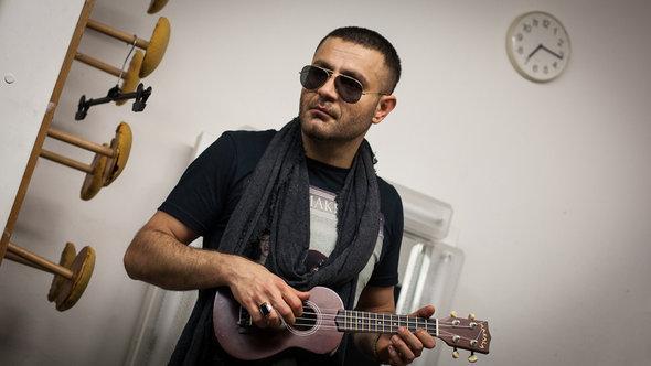 Der mittlerweile in Köln lebende iranische Rapper Shahin Najafi; Foto: Shirin Kasraeian